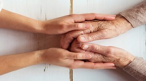 Cómo afrontar la desinfección y limpieza en residencias geriátricas y otras colectividades